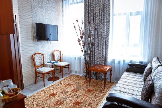 Общий вид гостиной,Абажуръ, Томск