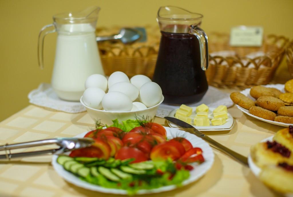 Breakfast Details, Abazhur, Tomsk